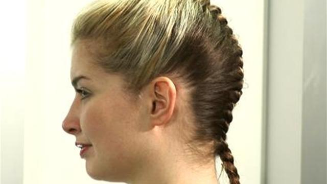 How to french braid hair pubwages ccuart Choice Image